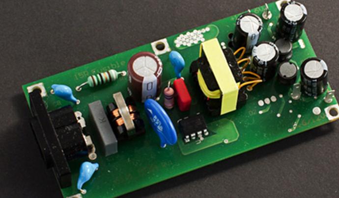 如何从直流电源获取正负电压输出