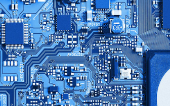 簡述推動FPGA關鍵的汽車傳動和安全系統