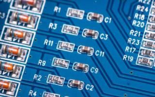 6块LED组成的灯条PCB设计
