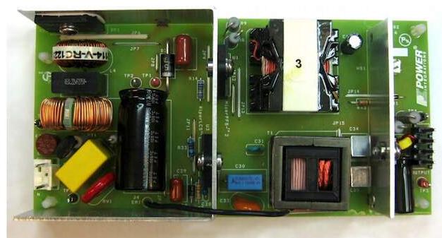 基于90-265 VAC LED150 W路燈電源的參考設計