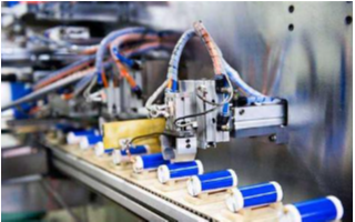 锂电设备及电池生产企业在智能制造方面大力部署