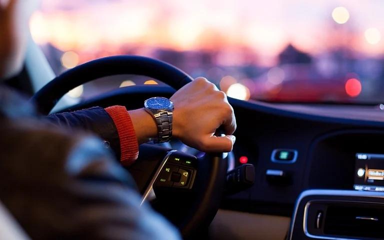 汽车和工业中的EMI问题有哪些创新的解决方案?