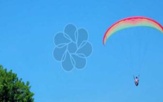 降落伞拉直过程的动力学仿真与模型