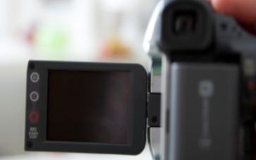 浅析固体图像传感器CMOS与CCD之间的不同