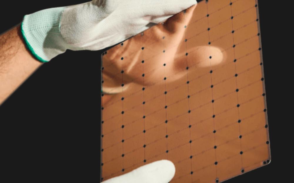 一块晶圆等于一颗芯片!全球最大WSE-2处理器发布!7nm,面积达826 mm2