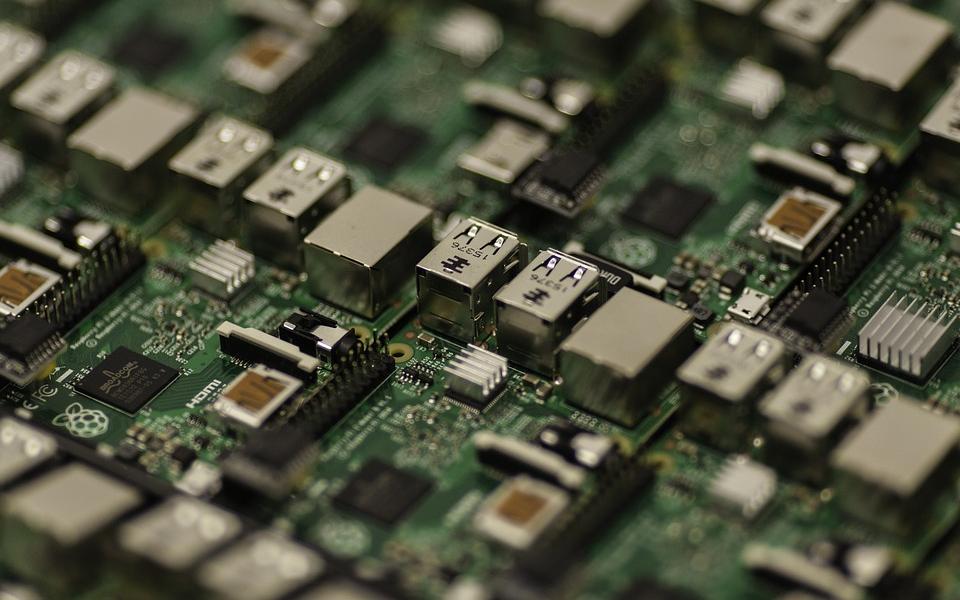 【芯闻精选】芯片短缺严重,三星电子高层紧急求助联发科;瑞典法院将就华为5G禁令案展开聆讯