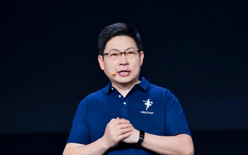 余承东任职华为云CEO后,首次公开演讲!投入2.2亿美元,推出6大创新技术!