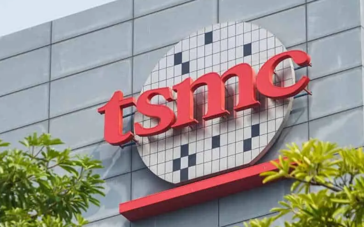 赛力斯华为智选SF两天预定3000台 台积电投资28.87亿美元扩建南京工厂28nm制程产能应对车用芯片需求