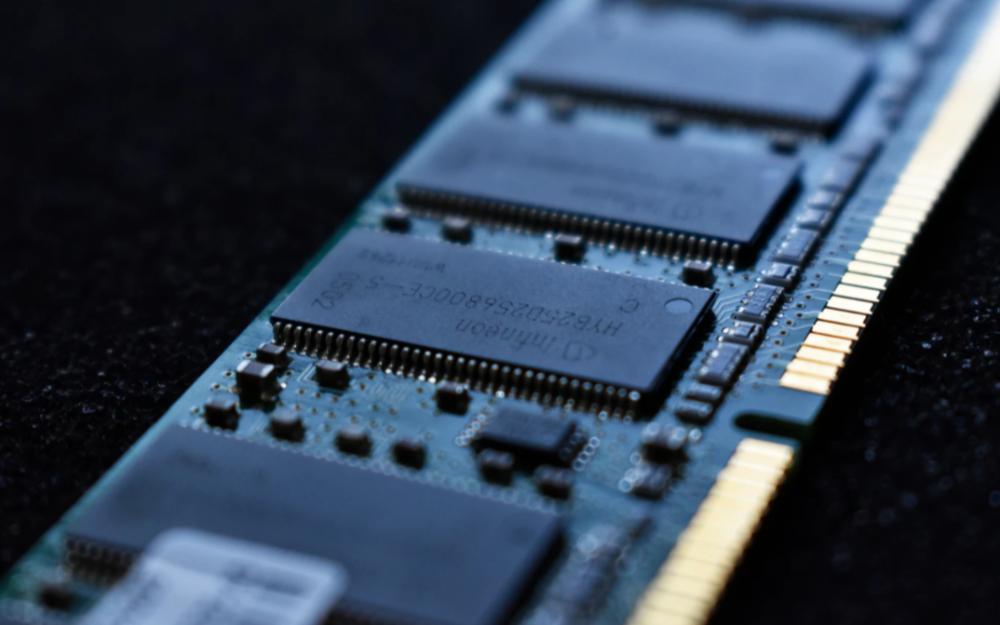 质疑对手技术进展真实性,三星将公开10纳米级制程DRAM电路线宽