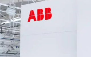 ABB機器人為宇通客車提供的首條客車邊窗