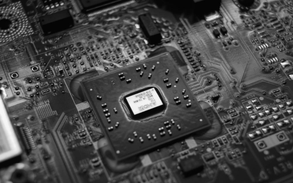 【芯闻精选】雷诺三星等韩国汽车制造商或放弃当地业务;国内首家光量子计算公司图灵量子完成融资