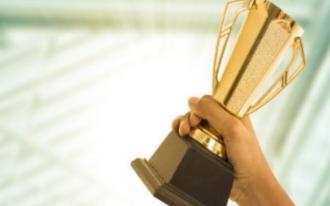 洲明URMIII系列产品同时获四项国内外顶尖设计大奖