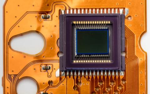 【芯闻精选】三星或于2021下半年推出集成AMD GPU的5nm Exynos芯片组;韩国汽车芯片库存或只剩两周