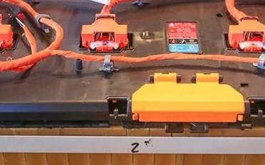 电瓶修复技术:电池用开水煮煮可以修复吗