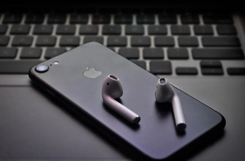 TWS耳機紅利釋放!國產三大TWS芯片廠商相繼沖擊上市!