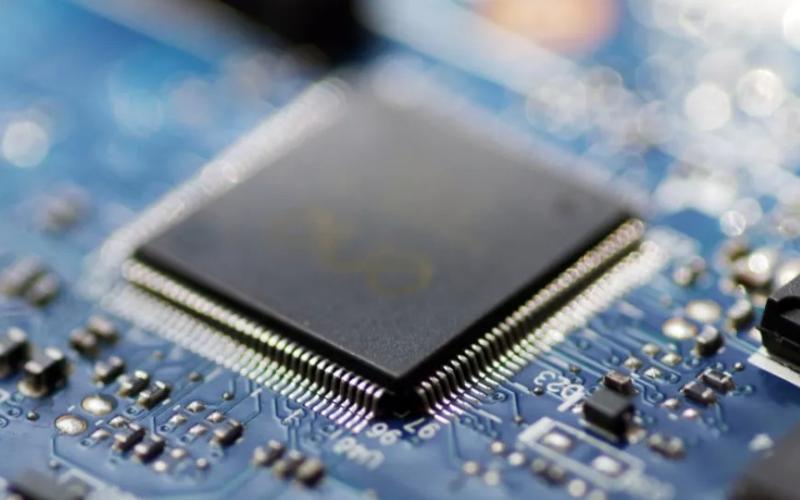 一旦芯片囤货危机爆发,有谁能突出重围?