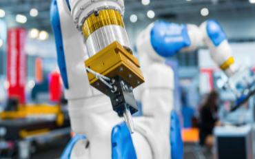 探究传统内燃机组装工艺与协作机器人