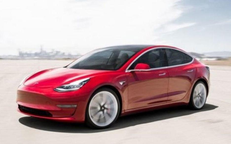受困于芯片短缺和研发挑战 特斯拉正式取消Model S Plaid Plus