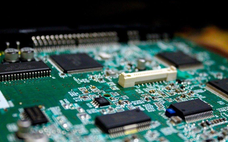 IC?Insights预测IC市场驱动力上调至24%,模拟芯片价格17年首涨