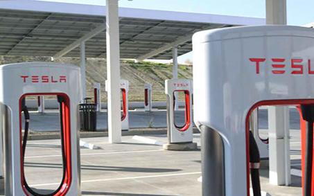 馬斯克:特斯拉超級充電網絡將對其他汽車廠商開放  美國商務部長表態汽車大廠的車用芯片短缺正在緩解