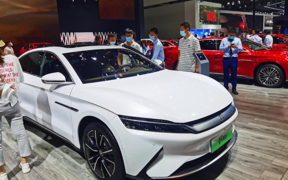 特斯拉VS比亚迪,谁是中国区6月的新能源汽车的销...