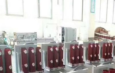固封極柱真空斷路器與絕緣筒式真斷路器的區別
