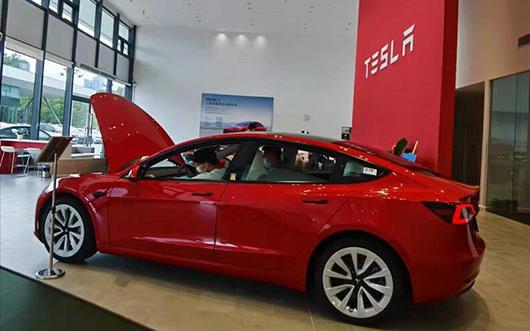 芯片短缺蔓延四大車廠和特斯拉 特斯拉跑車要延到2023年出貨