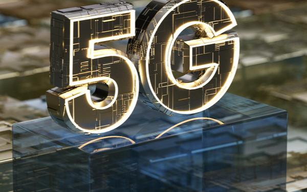 台积电要求设备商降价15%?;今年5G手机出货量...