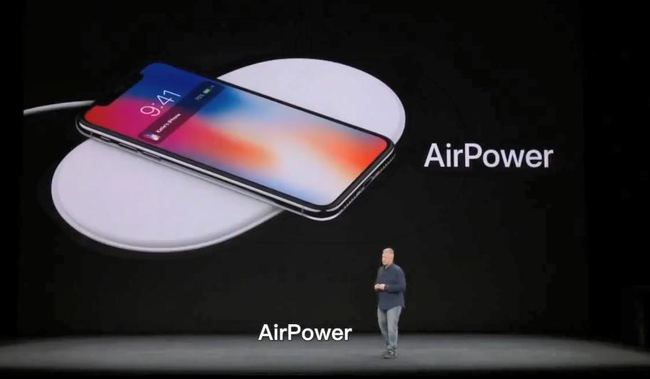"""苹果放弃2年后,22岁何同学2个月硬核自制""""AirDesk"""""""
